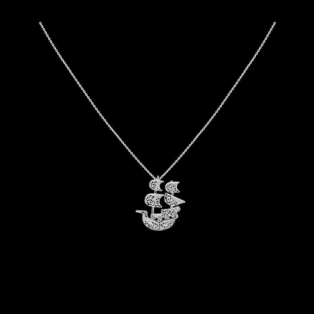 "Necklace ""Caravel""."