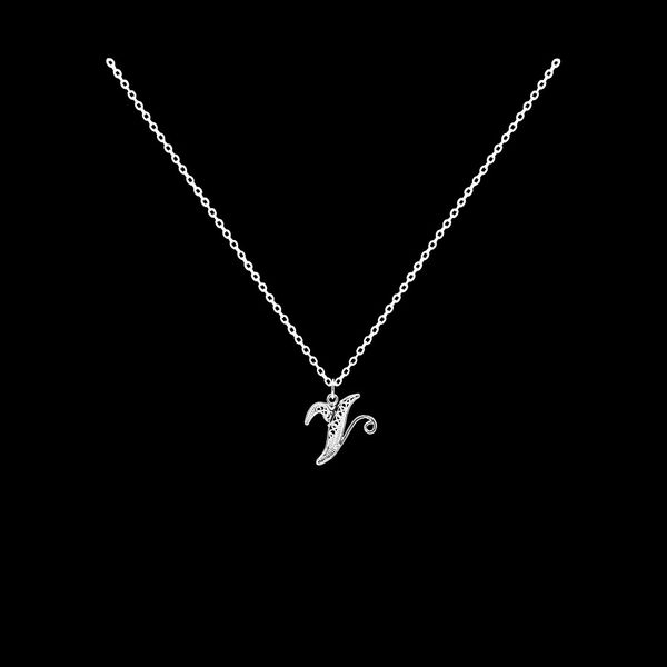 Necklace Letter V silver