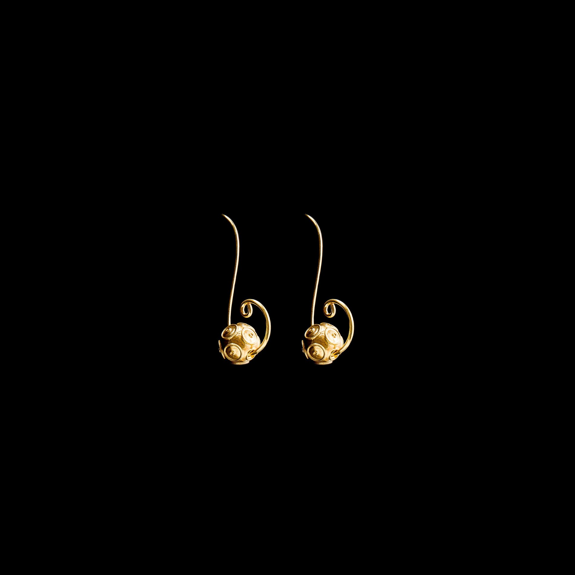"Earrings ""SS""."