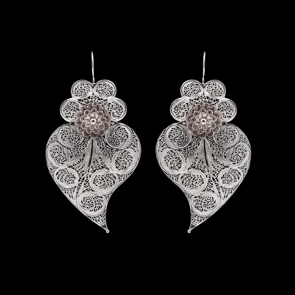 """Viana Heart "" Earrings with 8 cm. Premium Collection."