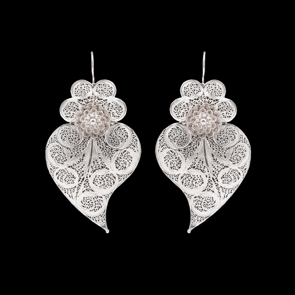 "Earrings ""Viana's Heart"" with 6 cm. Premium Collection."