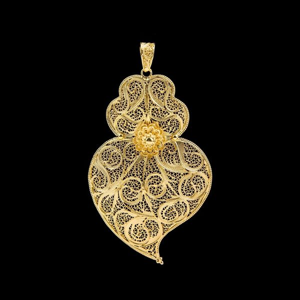 Medal Viana's Heart Portuguese Filigree of 8cm in Silver Golg plated.
