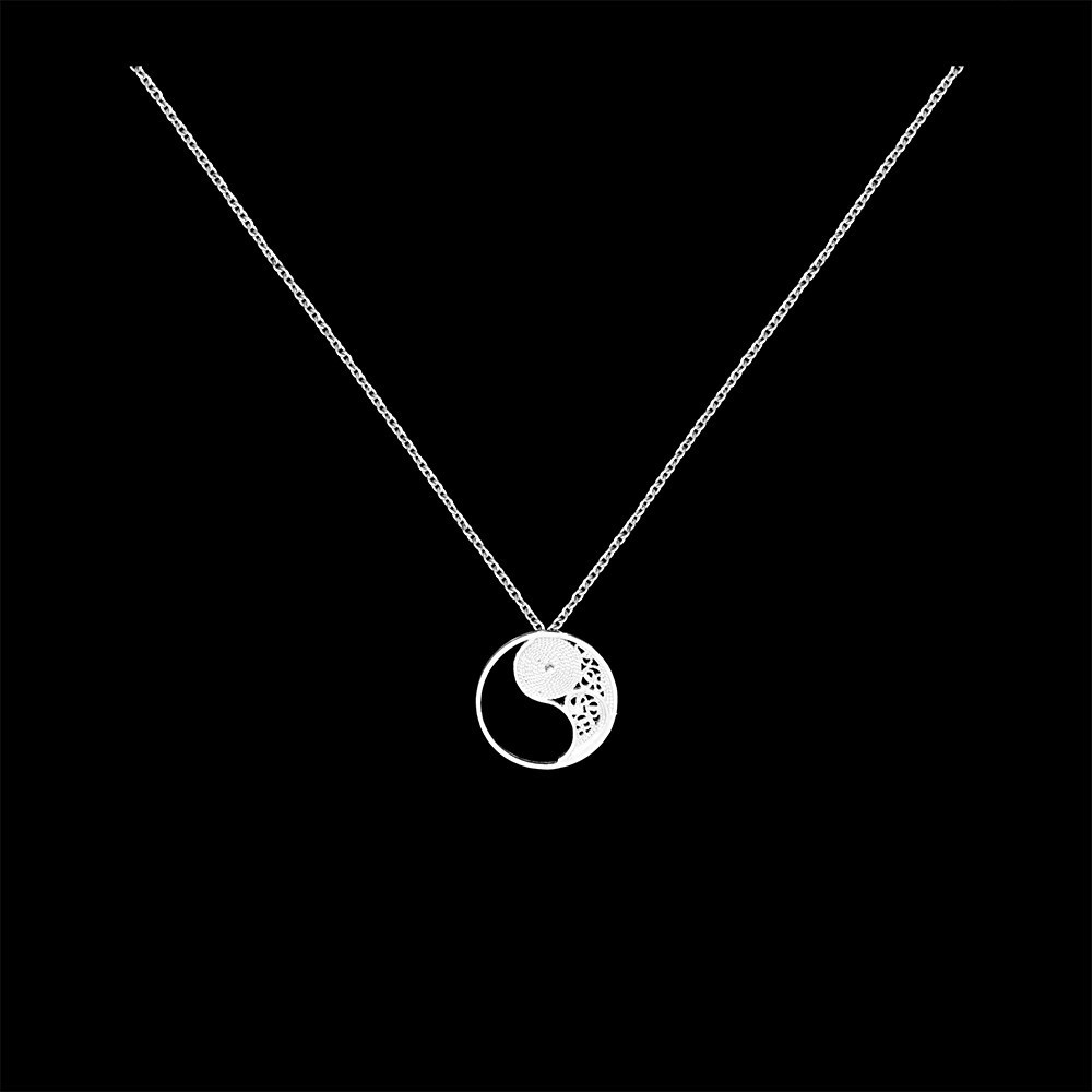 "Necklace ""Filigree Yin Yang"" in Silver"